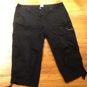 Black Cropped Summer Capris with Ties at Bottom
